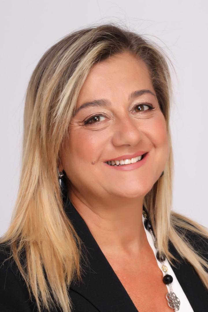 Dott. Letizia Perillo.jpg (148 KB)